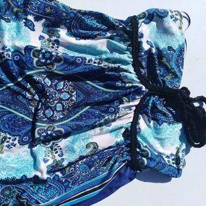 Beautiful bandana halter Arden B. Dress!